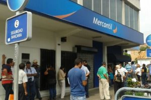Requisitos para solicitar una tarjeta de crédito del Banco Mercantil